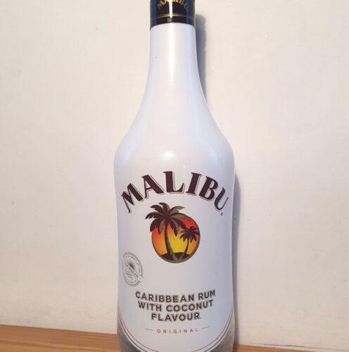 Malibu Coconut Liqueur (21%)