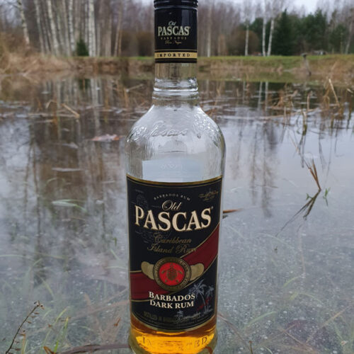 Old Pascas Dark Rum (37.5%)