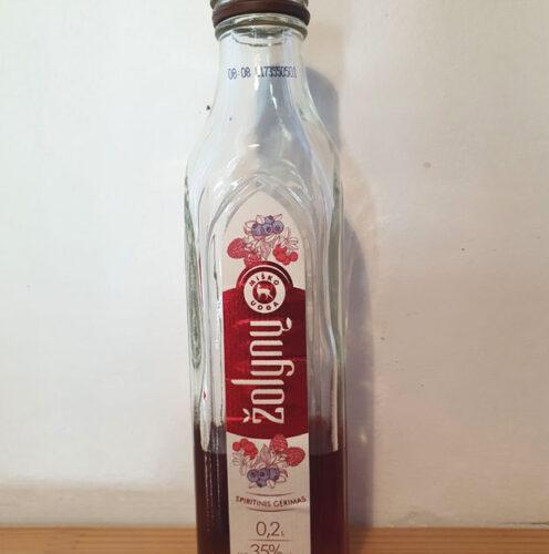 "Žolynų ""Miško Uoga"" (Forest Berry Herbal Spirit) (35%)"