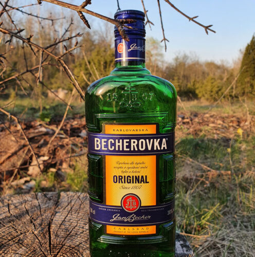 Becherovka (38%)